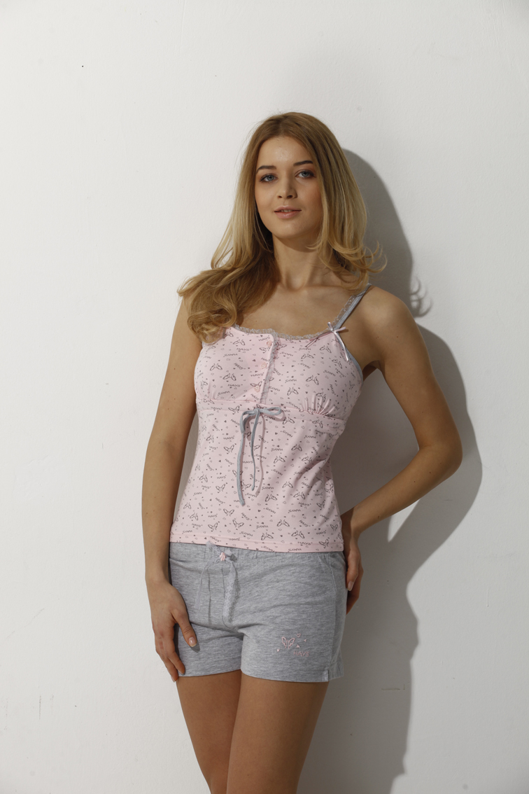 Женская одежда лила