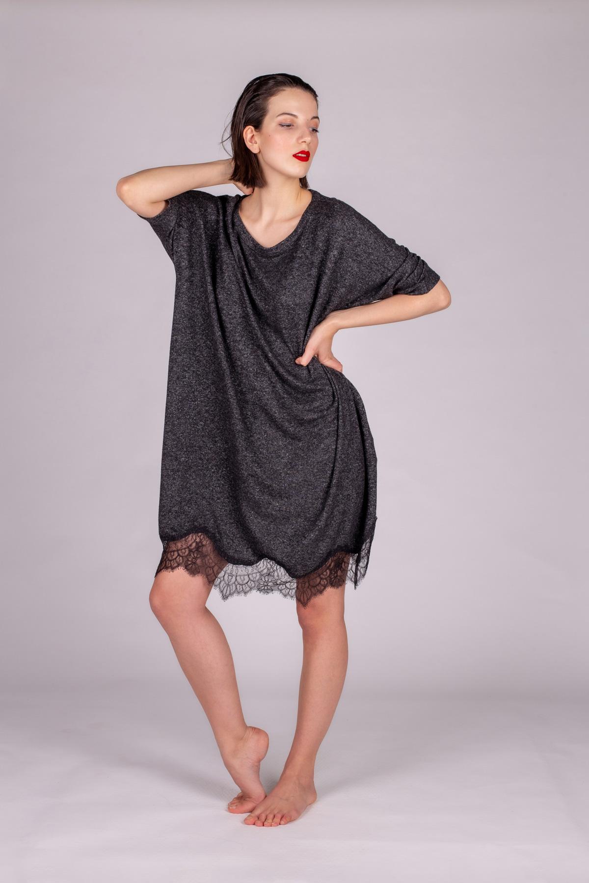 Kadın Etek Ucu Dantelli Triko Elbise