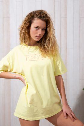 Kadın Yuvarlak Yaka Kısa Kollu T-shirt