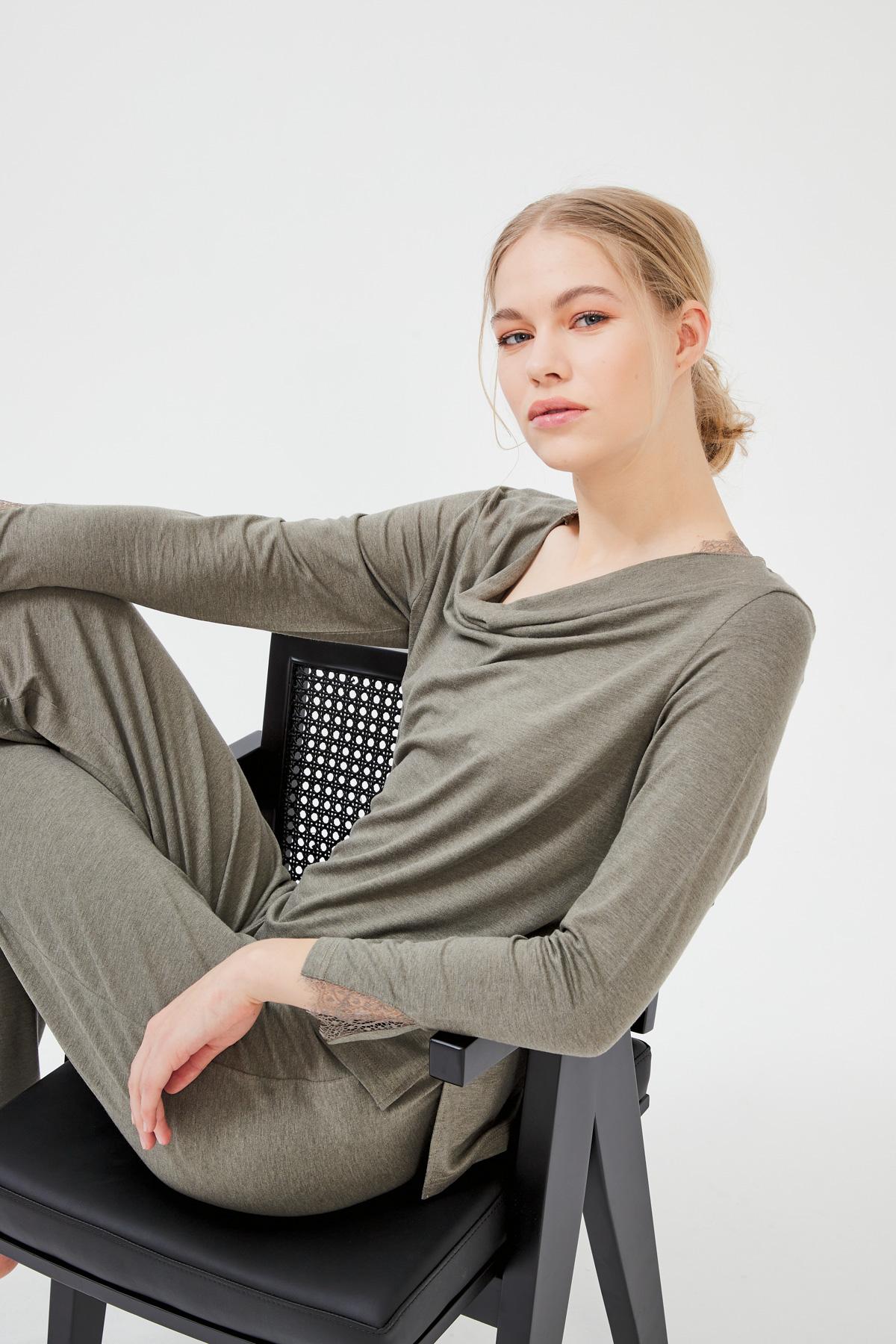 Kadın Dantel Detaylı  Degaje Yaka Modal  Pijama Takımı
